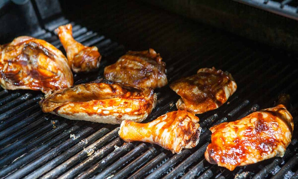 How to BBQ Chicken on a Charcoal Grill